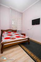 Двухкомнатная квартира в частном секторе Евпатории