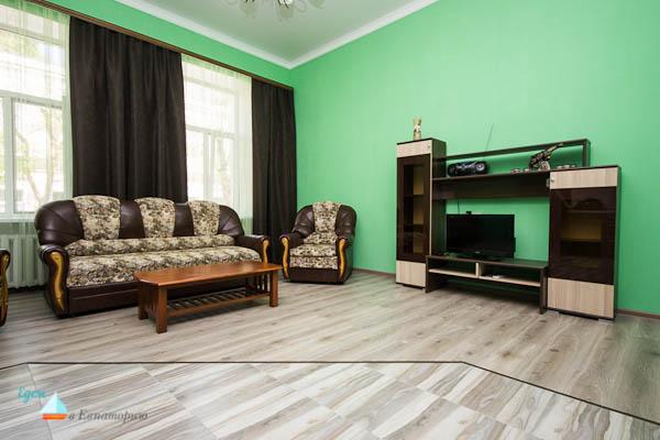 двухкомнатная квартира студия в Евпатории