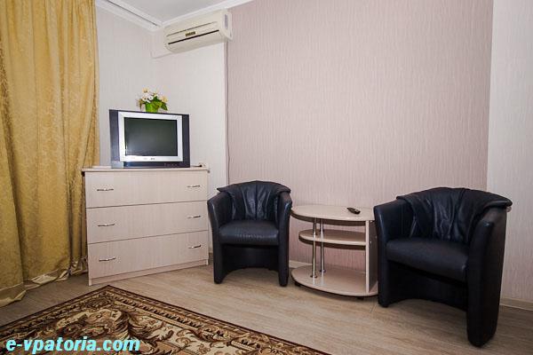 Однокомнатная квартира в центре  Евпатории на проспекте Ленина